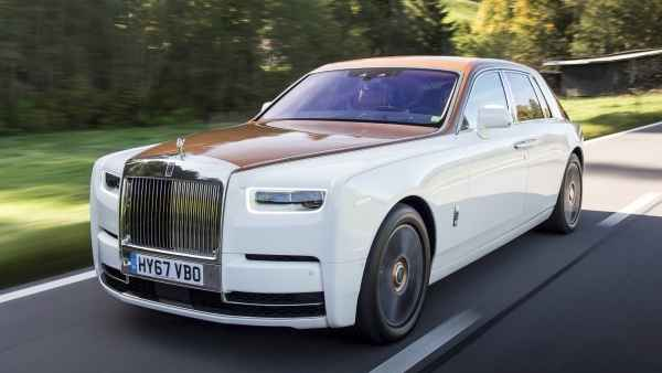 RR limo hire (BQN) airport