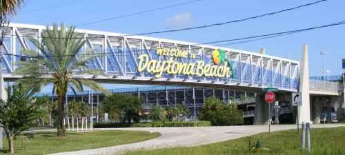 limo service in Daytona Beach, FL