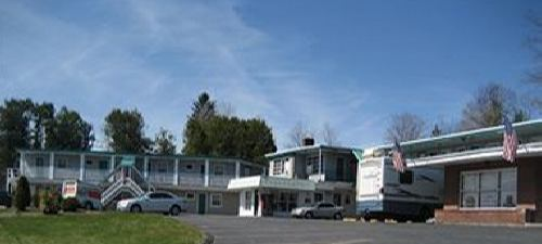 limo service in Rutland (RUT) Airport