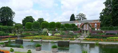 Kensington Gardens Limousines