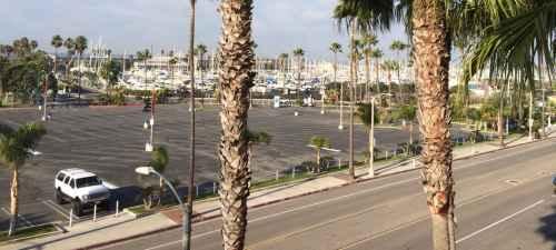 limo service in Redondo Beach, CA