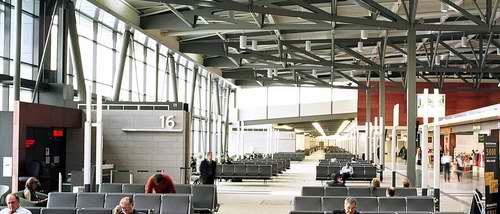 Ottawa (YOW) International Airport